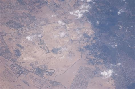 egyptian pyramids   station nasa