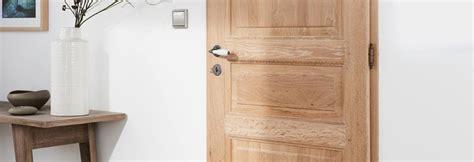 des portes interieures authentiques en bois massif