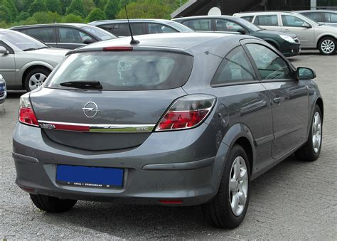 2005 Opel Astra Gtc 17 Cdti Related Infomation