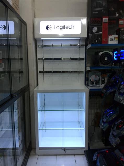 jasa pembuatan lemari display booth papan nama rak