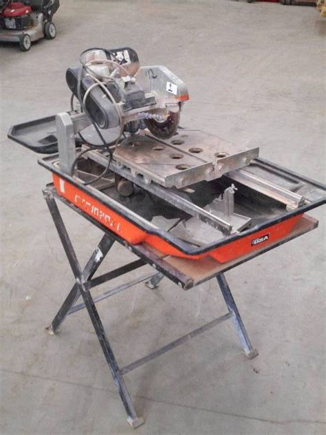 commercial 120volt tile saw 10 le may