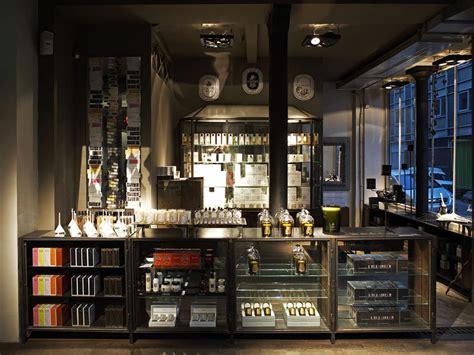 interieur winkel parijs l eclaireur malher 12 rue malher 75004 paris winkel