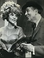1967 Press Photo Rudy Vallee Maureen Arthur in How To ...