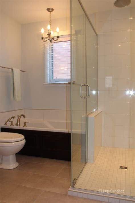 Raised shower base   Céramiques Hugo Sanchez Inc