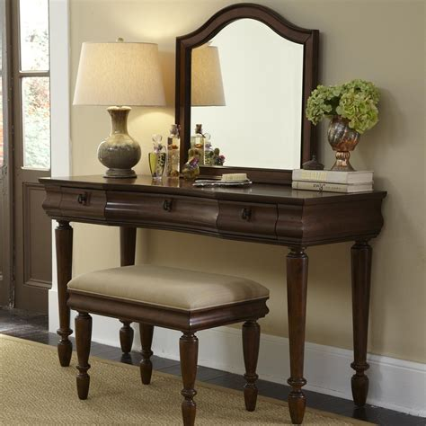 vanity sets for bedrooms vanity set with turned legs by liberty furniture wolf 17703 | products%2Fliberty furniture%2Fcolor%2Frustic%20traditions%20 %20 816253672 589 br vn b0