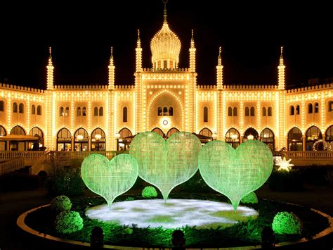 where to see spectacular lights around the world