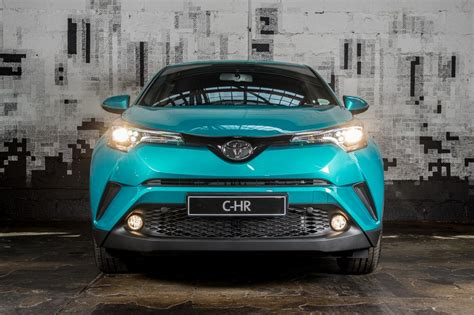 Toyota Car : Toyota C-hr (2017) First Drive
