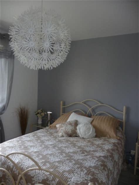 lustre chambre a coucher adulte chambre parentale blanche et 13 photos dede33