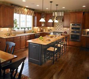 Yorktowne Cabinetry & Toll Brothers in Chicago -- kitchen