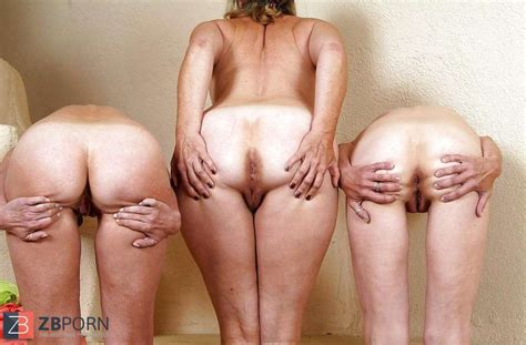 Trio Grannies Nude Displaying Donks ZB Porn