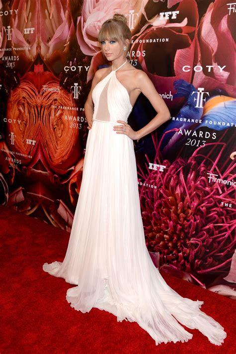 TMVbijoux: Look das Celebridades - Taylor Swift no ...