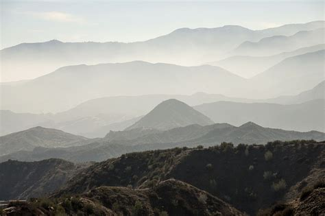 photo landscape scenic misty mountains