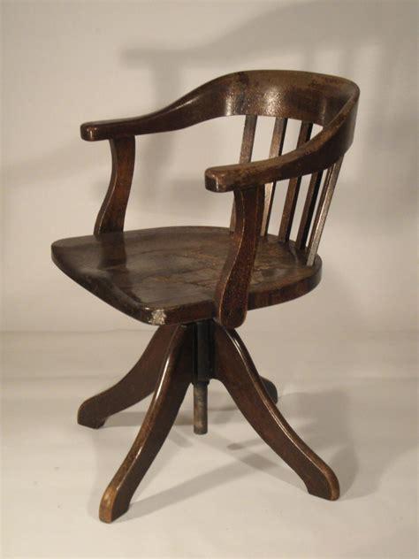 siege ancien fauteuil de bureau bois fauteuil relax but generationgamer
