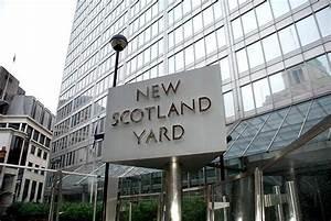 Scotland Yard muestra objetos de los crímenes más famosos ...