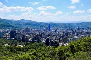 ink + adventure: hiking Taipei // Battleship Rock