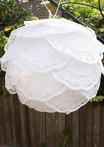 13 diy creative paper lamps and lanterns newnist With doily paper floor lamp