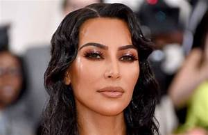 Kim Kardashian and Legal Team Help Free 17 Prisoners in 90 ...