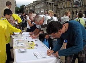 UK: Raising Awareness about Falun Gong at the Edinburgh ...