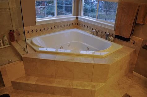 Oversized Jetted Tub by What Is A Garden Tub The 2018 Garden Tub Guide Badeloft Usa