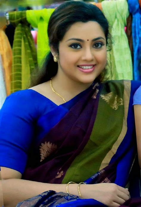 tamil actress jyothi meena photos meena hot actress images photos wallpapers