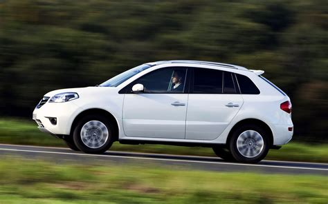 Renault Koleos Backgrounds by Renault Koleos 2011 Wallpapers And Hd Images Car Pixel