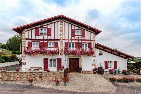 chambre d hote cote basque chambre d 39 hôtes à urrugne pyrénées atlantiques manttu
