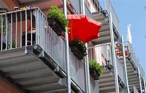 Sonnenschutz Für Balkon : stilvoller sonnenschutz sonnenschirme f r jeden balkon oder garten ~ Sanjose-hotels-ca.com Haus und Dekorationen