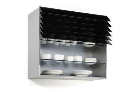 eclairage pour cuisine meuble haut de cuisine avec rideau à lamelles accessoires