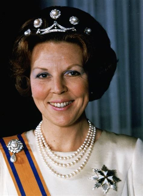 She is famous for writing children's books with animal characters such as the tale of peter rabbit. A lovely early photo of Queen Beatrix in the five button pearl tiara   Sieraden