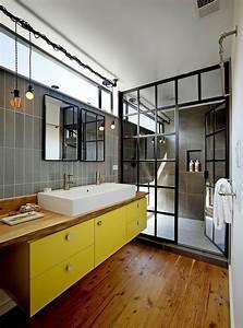 les 25 meilleures idees concernant salles de bains gris With delightful couleur de mur tendance 1 la couleur jaune moutarde nouvelle tendance dans l
