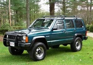 Rip Land Rover Defender