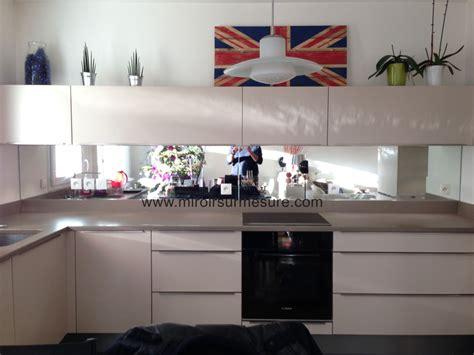 credence miroir pour cuisine cr 233 dence miroir sur mesure pour votre cuisine miroirsurmesure