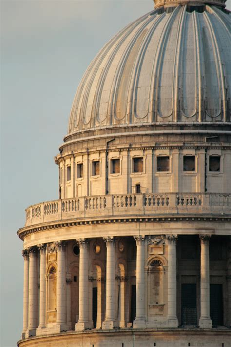 Dome Detail | Close-up of the monumental dome of St. Paul ...