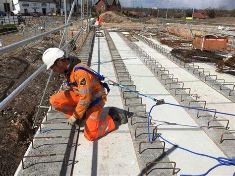 Temporary Work Restraint for Reinforced Concrete Frames