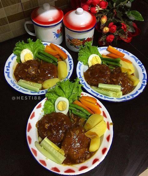 Jika daging sudah tampak kecoklatan, tambahkan 1 sendok makan. Selat Solo | Resep masakan, Memasak, Masakan