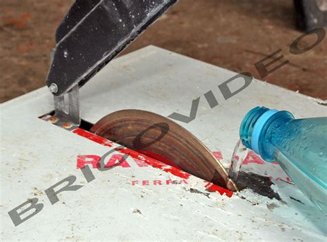 placo hydrofuge cuisine comment couper une plinthe de carrelage à nimes