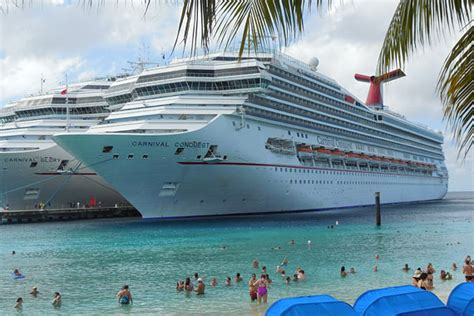 Carnival Conquest cruise ship photos : Carnival Cruise ...