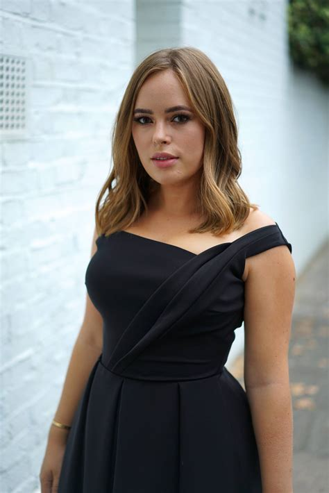 A Night At The GQ Awards   Tanya Burr