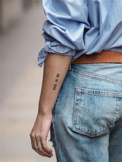 petit tatouage avant bras femme