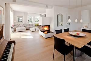 Wohn Esszimmer Küche : offenes wohn esszimmer mit kamin sch pker holz wohn form ~ Watch28wear.com Haus und Dekorationen