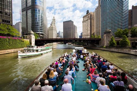 Chicago Architecture Boat Tour Location by 9 Great Midwest River Walks
