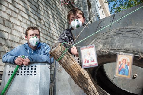 ukraine peace deal falters as rebels show no sign of