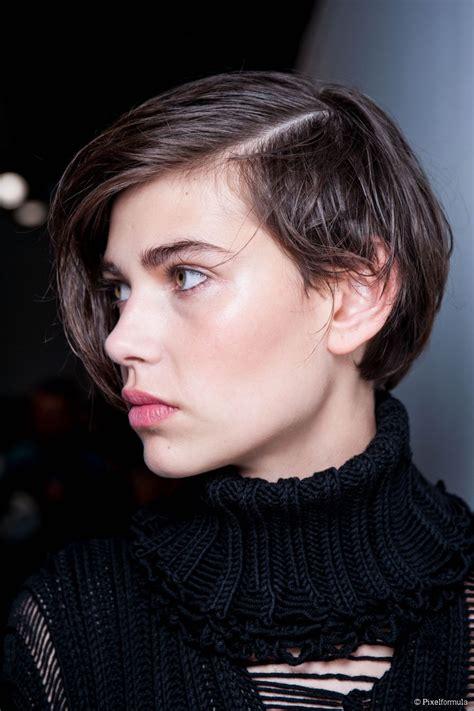 sleek short hair tutorial   deep side part