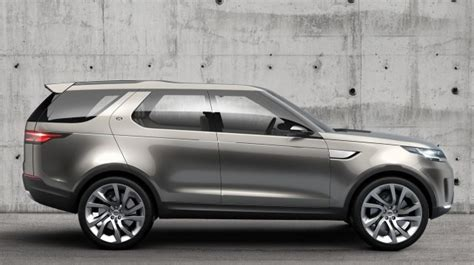 land rover lr4 silver 2018 land rover discovery spy shots