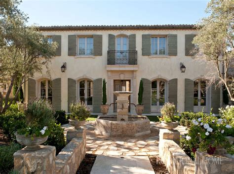 California Home With Provençal Style