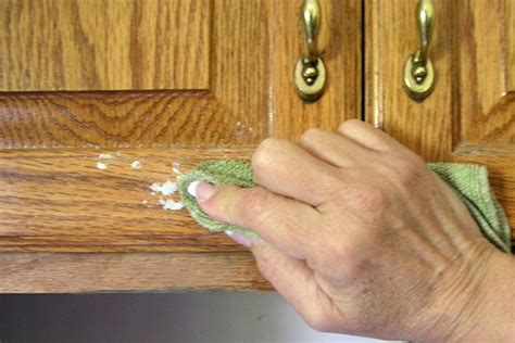 clean grease off cabinets how to get stubborn grease off of kitchen cabinets page