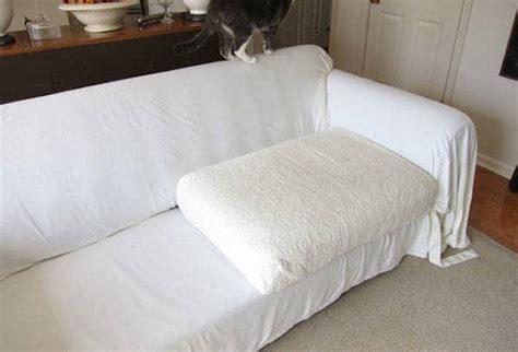 drap canapé 12 façons de réutiliser vos vieux draps de lit