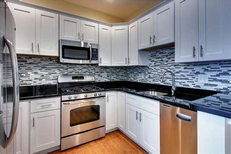 kitchen cabinets kent wa kent wa white cabinet kitchen granite marble quartz 6169