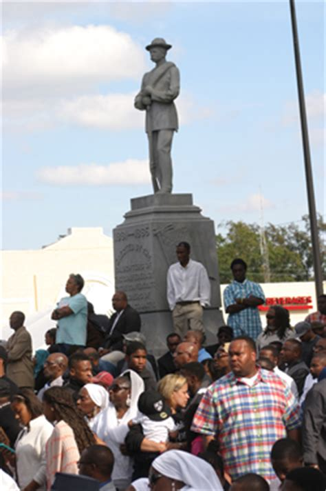 million man march commemoration holy day brings optimism