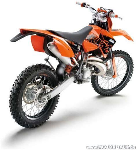 enduro mit straßenzulassung gibt es f 252 r die exc modelle stra 223 enzulassung ktm motorrad